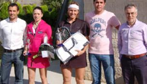 Carmen León e Vanesa Alonso, campionas da fase galega do II Open de Pádel Feminino Cadena 100