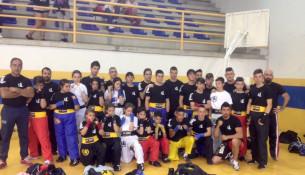 Quince medallas no Campionato Galego de Kickboxing