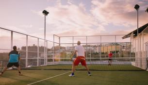 Abierta la inscripción para los cursos trimestrales de pádel y tenis