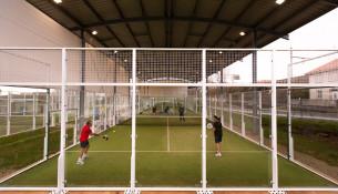Xogas a pádel ou tenis? O 4 de abril arranca unha nova liga nas instalacións na que xa te podes anotar