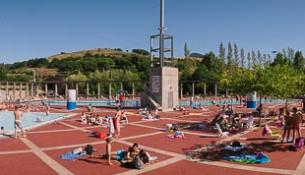 Pechan as piscinas de verán Fontes do Sar con récord de afluencia