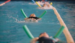 En outubro comeza unha nova edición de cursiños de natación en Santa Isabel